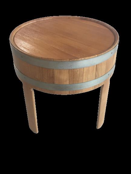 Massivholztisch aus Eiche in Fassoptik